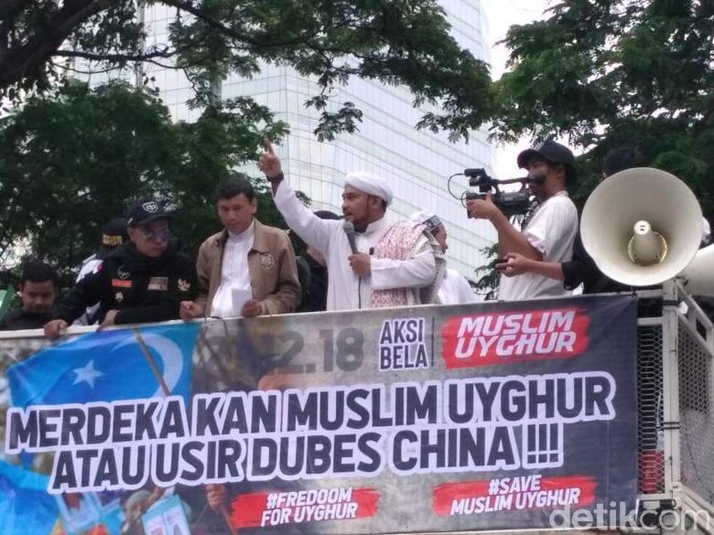 Aksi Bela Uighur yang Diwarnai Ajakan Boikot Produk China