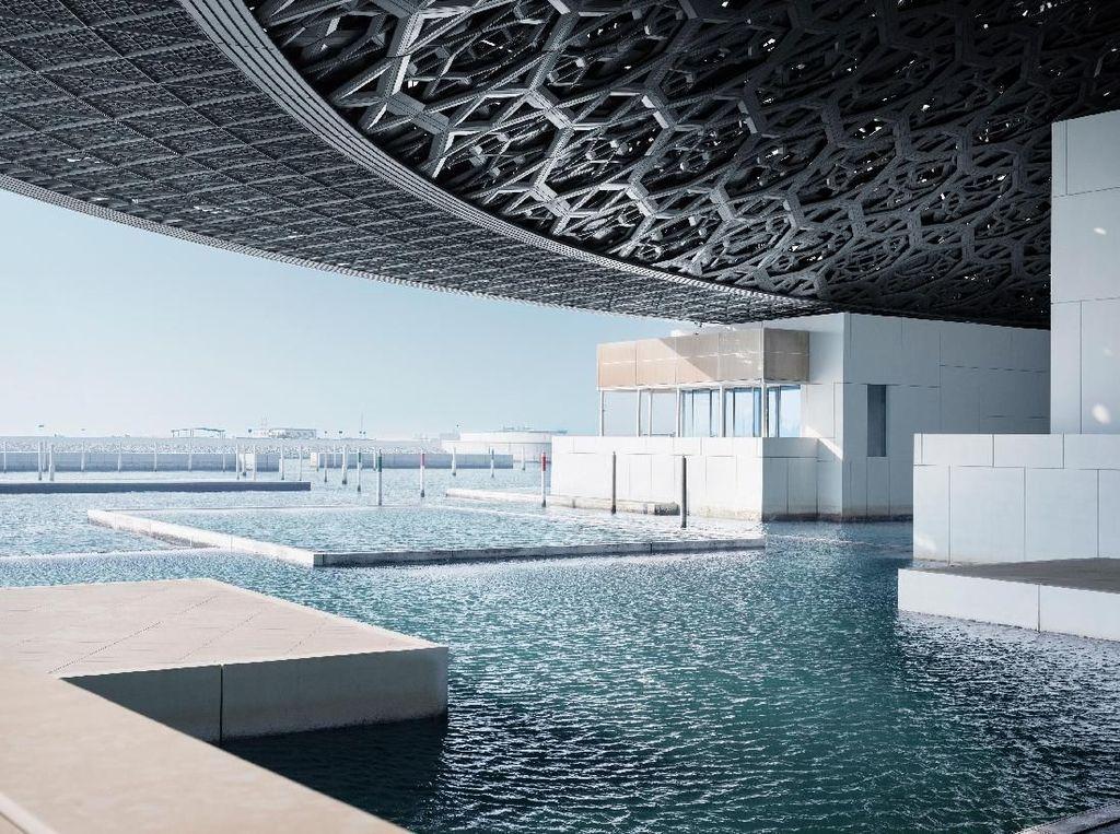 Potret Louvre-nya Abu Dhabi yang Dikunjungi Sergio Ramos