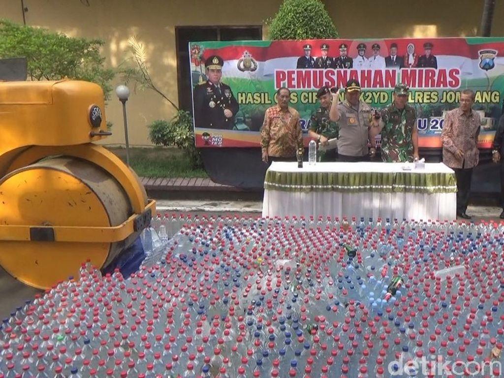 3 Ton Miras di Jombang Dimusnahkan Jelang Tahun Baru