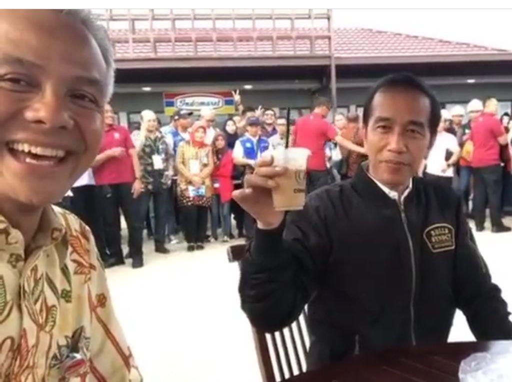 Resmikan 7 Ruas Tol Trans Jawa, Presiden Jokowi Jajan Pecel Madiun dan Es Kopi