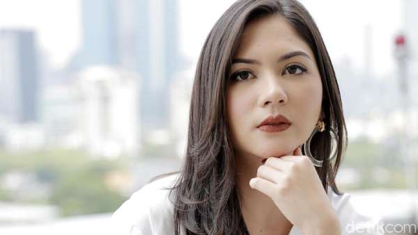 Cerita Jessica Mila soal Mischa Chandrawinata dan Film Mata Batin 2