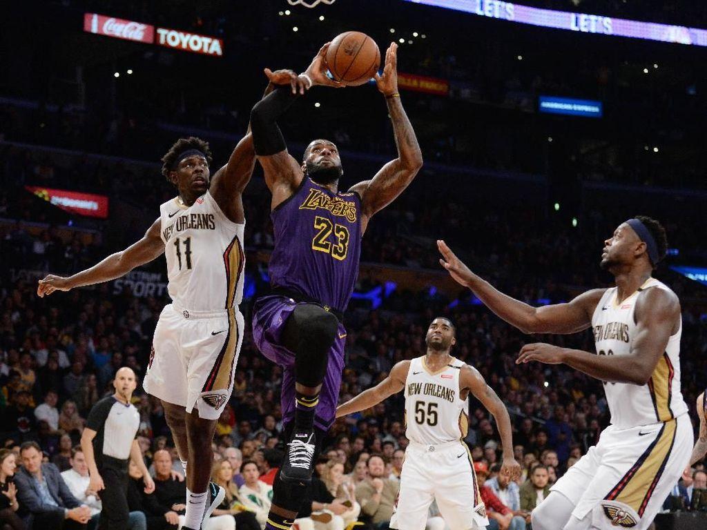 Hasil NBA: Triple-Double LeBron Bawa Lakers Kalahkan Pelicans