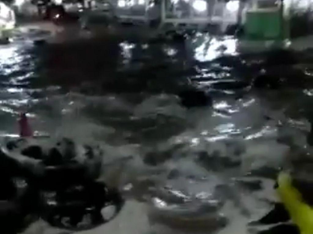 BPBD Lampung: Banyak Rumah di Lampung Selatan Roboh Akibat Tsunami