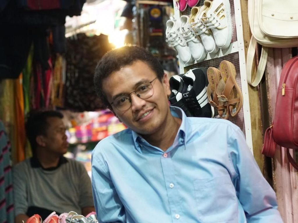 Rangkul Semua Kalangan, Faldo Maldini Punya Relawan Pro-Jokowi