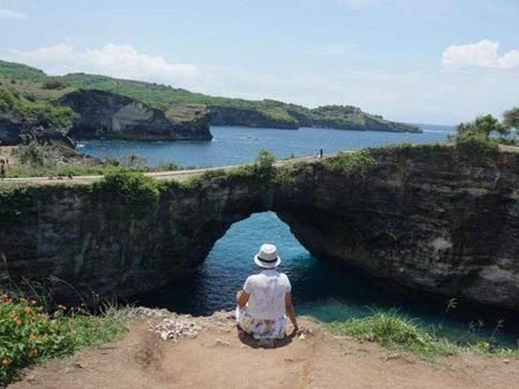 Namanya Broken, Tapi Pantai di Bali Ini Indah Sekali