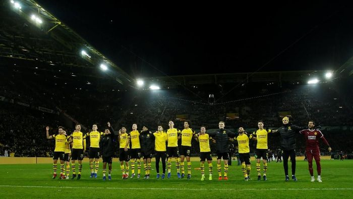 Borussia Dortmund usai laga dengan Borussia Moenchengladbach. (Foto: Leon Kuegeler/Reuters)