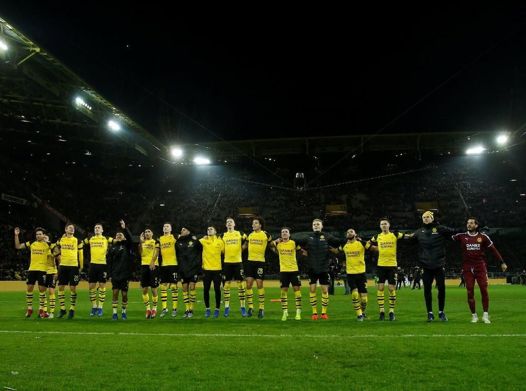 Hasil Liga Jerman: Dortmund Kalahkan Moenchengladbach 2-1