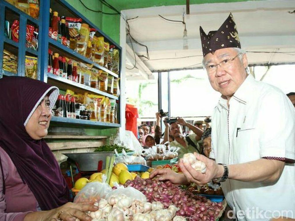 Blusukan ke Pasar Induk Banyuwangi, Mendag: Ada Kenaikan Sedikit