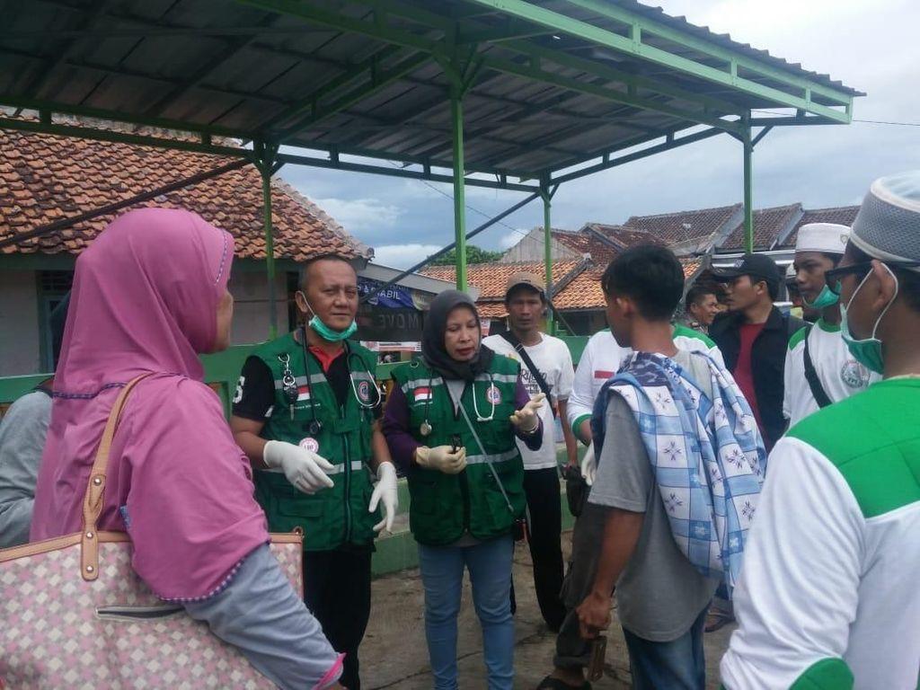Tsunami Banten-Lampung dalam Jepretan Tenaga Medis