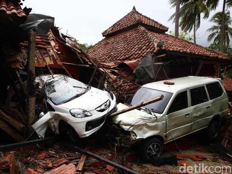 7 Fakta Penting Tsunami di Selat Sunda