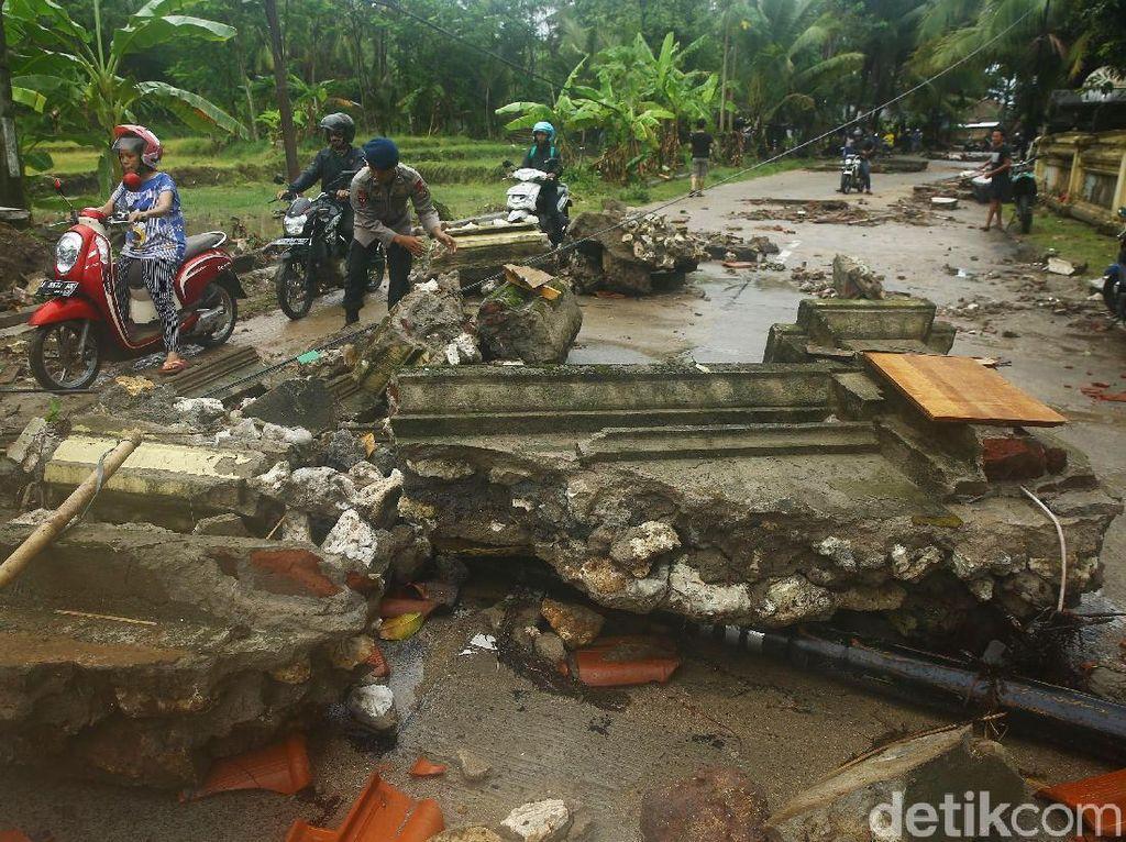 Update Korban Tsunami Banten: 62 Orang Tewas, 584 Luka, 20 Hilang