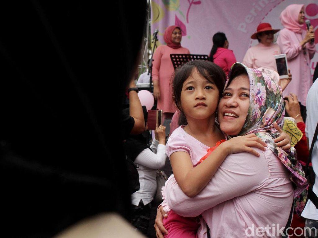Suasana Haru Peringatan Hari Ibu di CFD