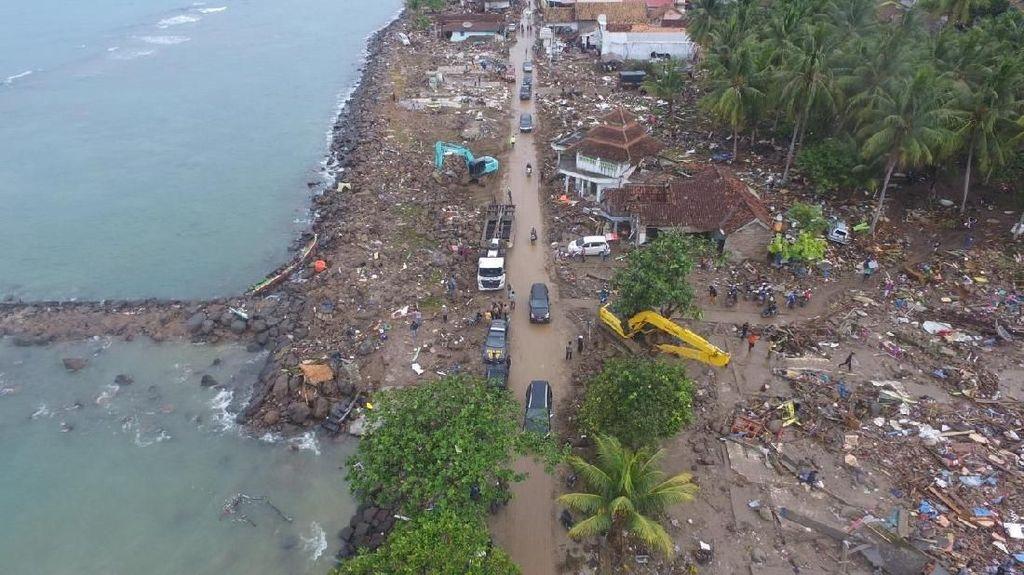 Melihat Desa Pesisir di Lampung yang Porak Poranda Akibat Tsunami
