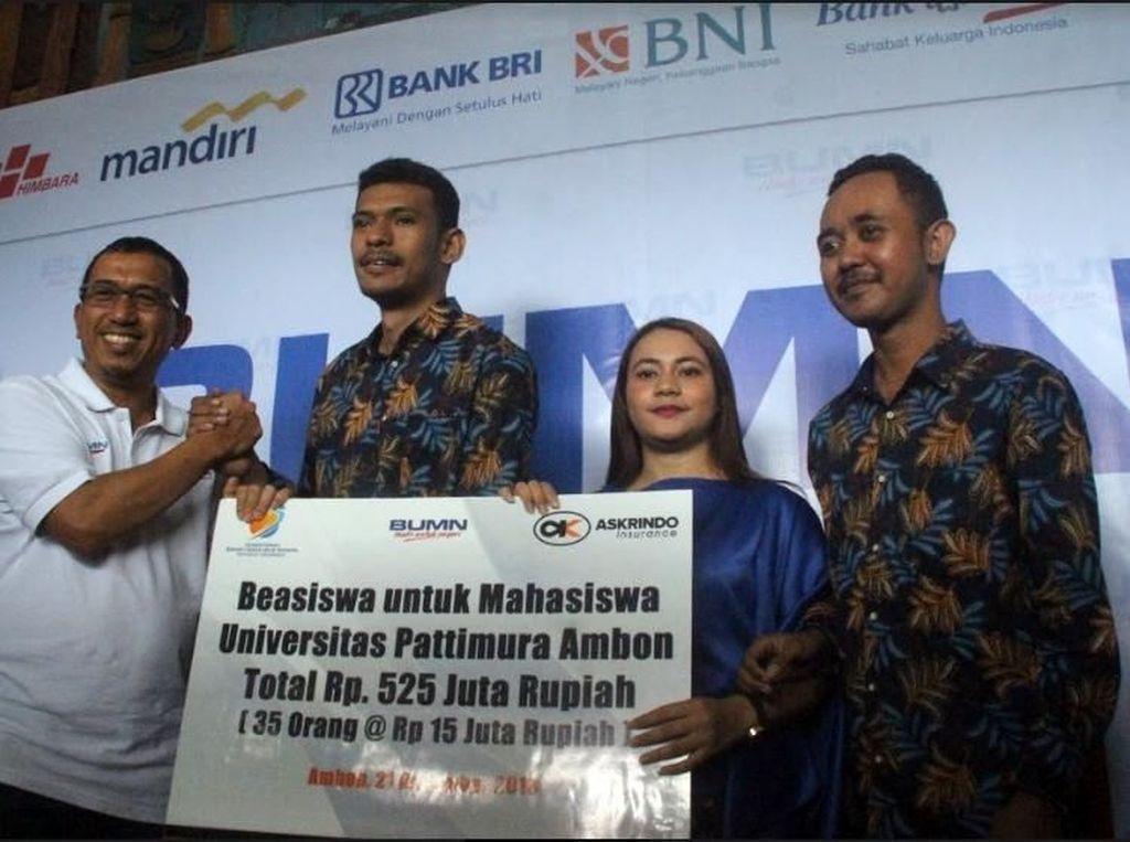 Askrindo Berikan MoPi dan Berikan Beasiswa di Ambon