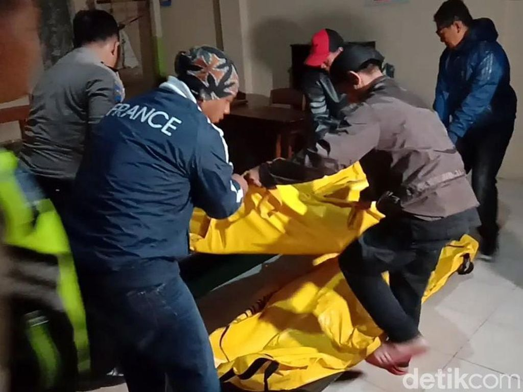 Sopir dan Kepala Forensik Diperiksa soal Pungutan Jenazah Tsunami