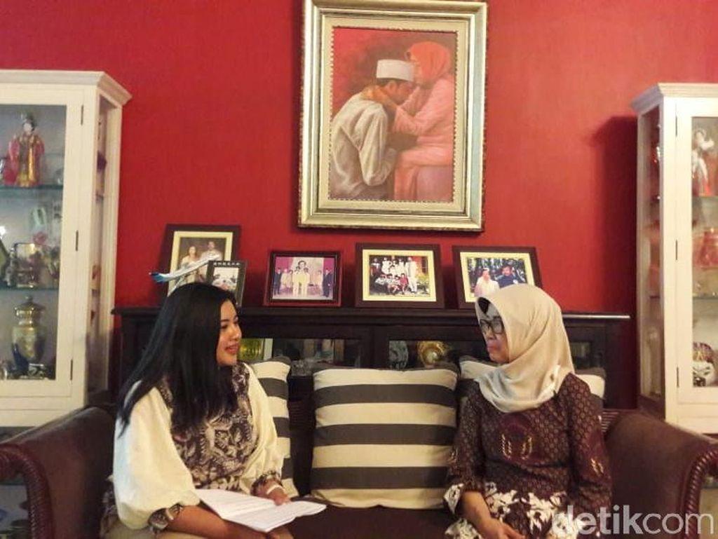 Tonton Wawancara Eksklusif Sudjiatmi, Wejangan Ibunda untuk Jokowi