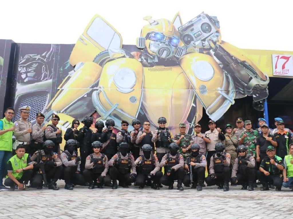 Kreatif, Polres Gresik Bangun Pos Bertema Autobot Transformers