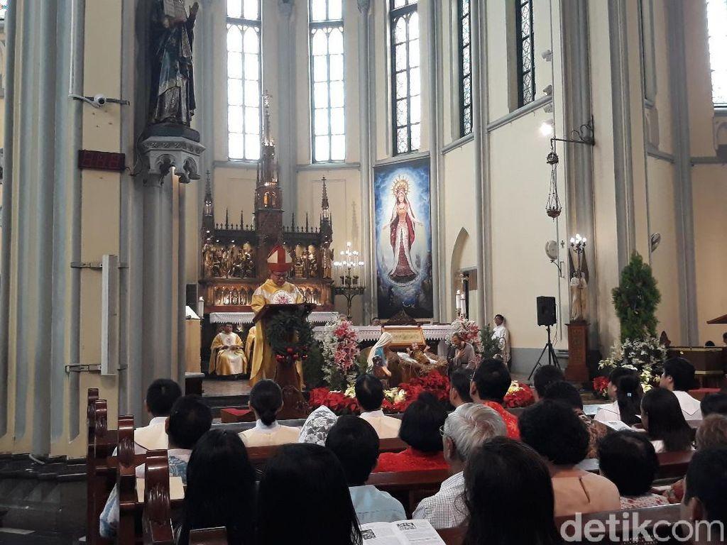 Istiqlal Sediakan Parkir untuk Jemaat Misa Natal Gereja Katedral