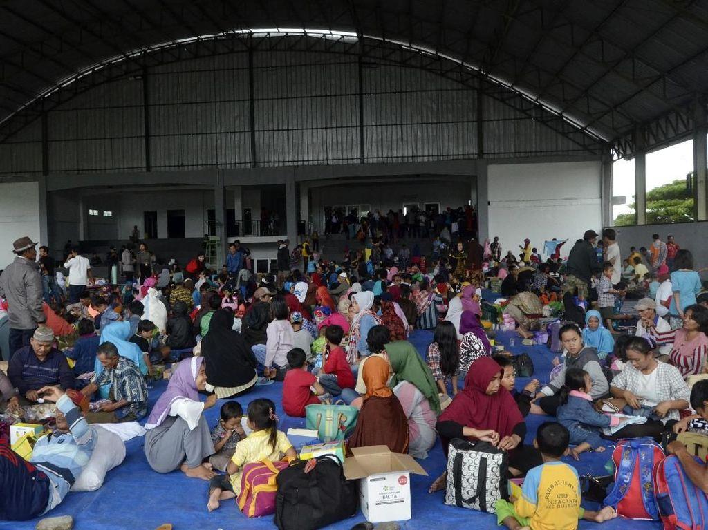 Sudah 10 Hari, Korban Tsunami Lampung Belum Berani Balik ke Rumah