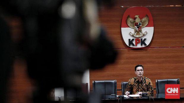 Diperiksa KPK, Taufik Hidayat Ditanya Terkait Stafsus Menpora