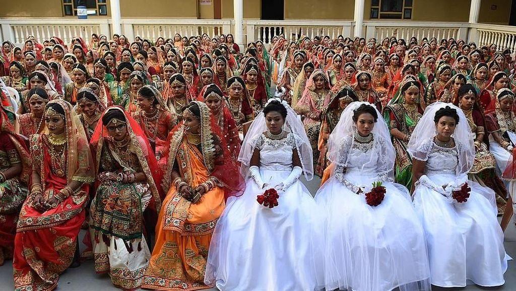 Foto: Pernikahan Masal 261 Anak Yatim yang Dibiayai Pebisnis Berlian