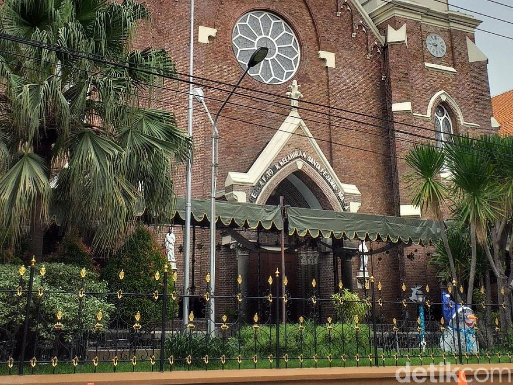 Menengok Gereja Kepanjen yang Tertua di Surabaya