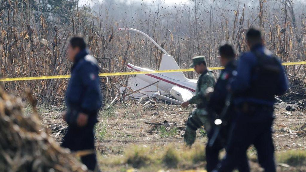 Helikopter Jatuh Tewaskan Gubernur Negara Bagian Meksiko