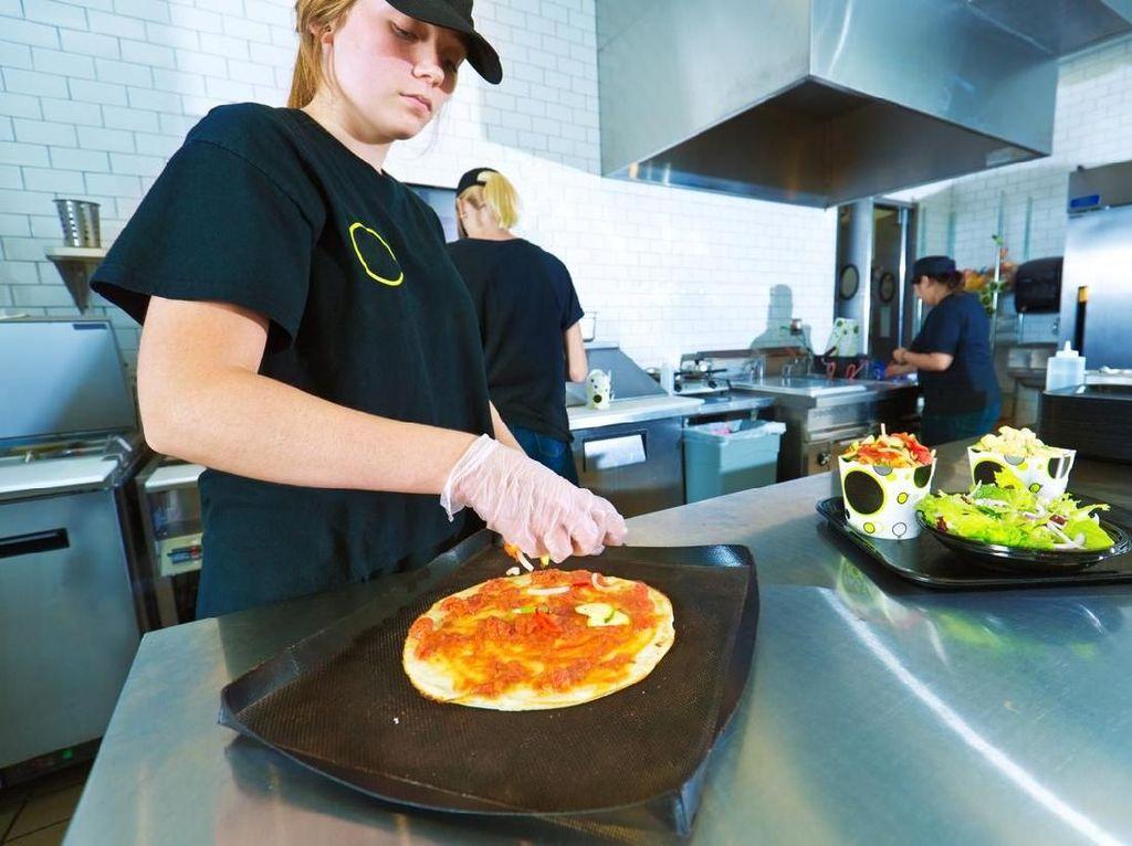 Pekerja Restoran Cepat Saji Ungkap 5 Kebiasaan Buruk Pelanggan