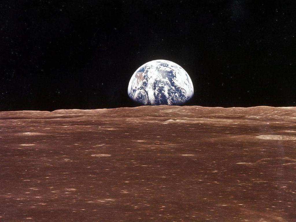 Ilmuwan Kuak Pergerakan Air di Bulan, Mirip di Bumi?