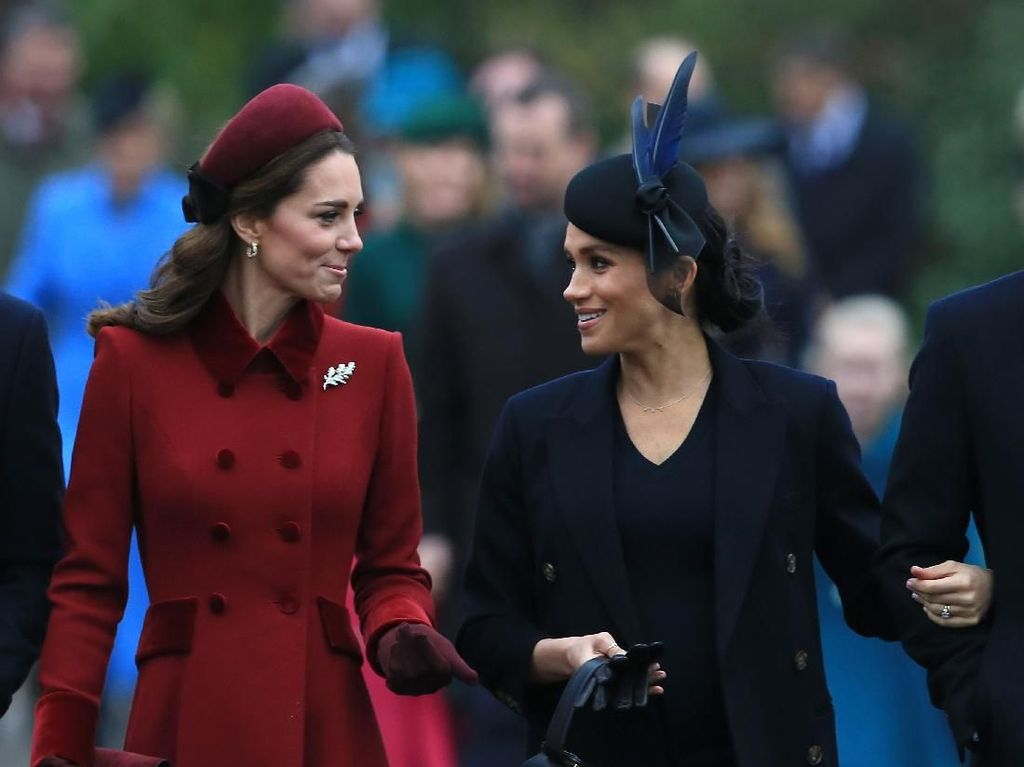 10 Trik Kate Middleton dan Meghan Markle Selalu Tampil Sempurna di Foto