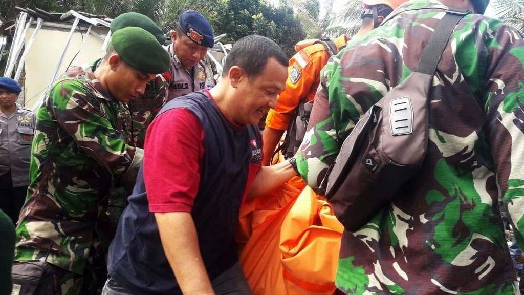 AGP Bantu Evakuasi dan Bersihkan Puing Akibat Tsunami