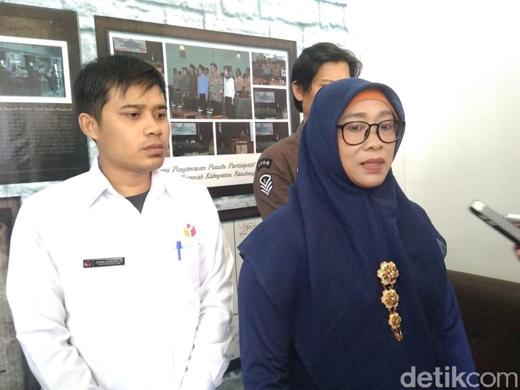 Minta Suara Guru Honorer, Bupati Bandung Barat Dilaporkan ke Bawaslu