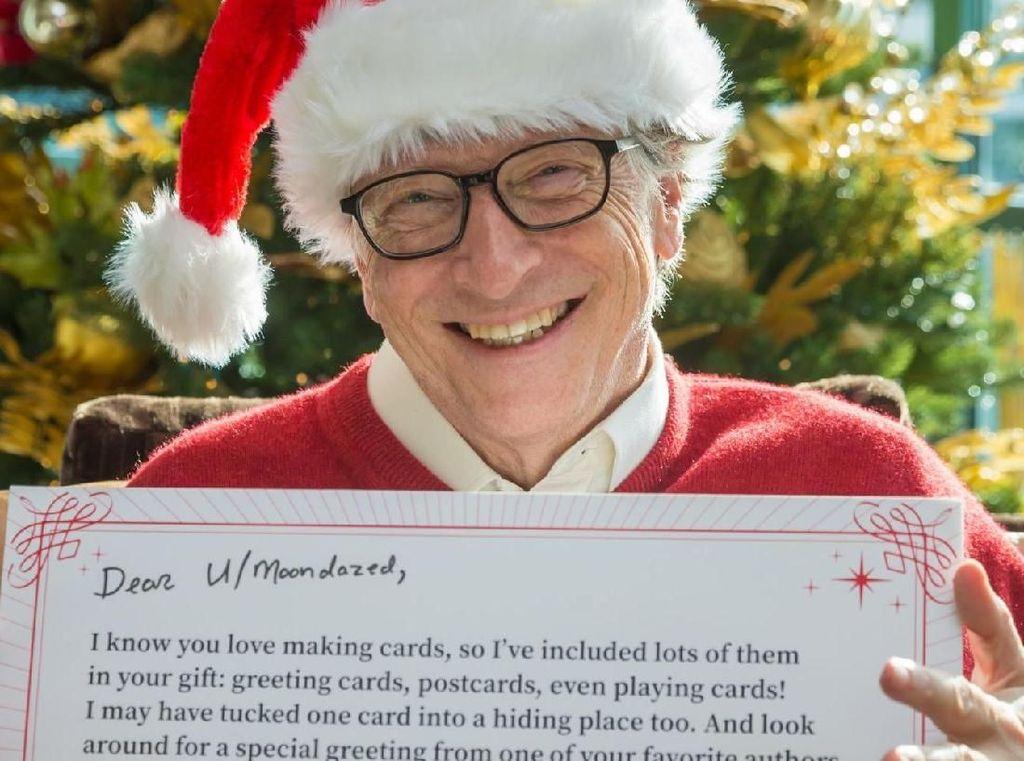 Bill Gates Jadi Santa Rahasia buat Redditor Beruntung Ini