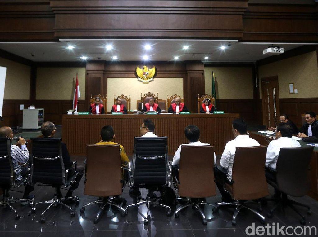 7 Orang Eks DPRD Sumut Jalani Sidang Perdana Korupsi Massal
