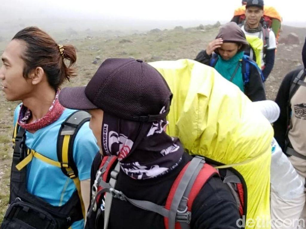 Dentuman Misterius Juga Kagetkan Pendaki Gunung Gede Pangrango