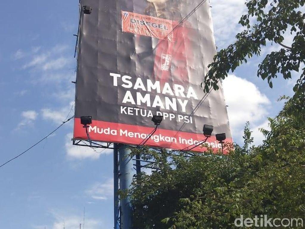 Reklame Ketua PSI Tsamara Amany Disegel Pemprov DKI