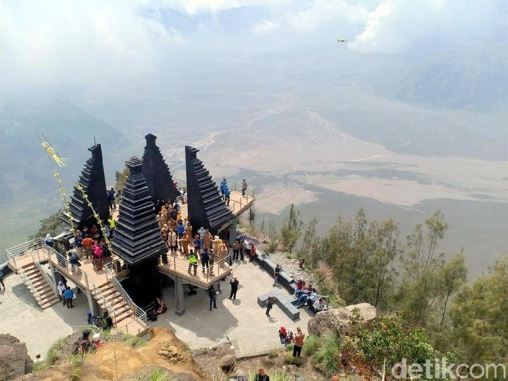 Foto: Tembok Besar China ala Bromo