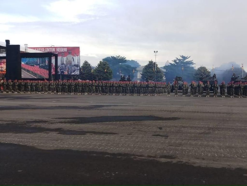 Eks Danpaspampres Mayjen Suhartono Resmi Jabat Komandan Korps Marinir