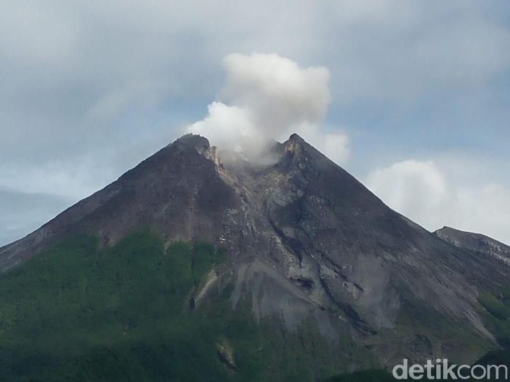 6 Bulan Waspada Merapi, BPBD Jateng: Radius Aman Hanya 3 Km