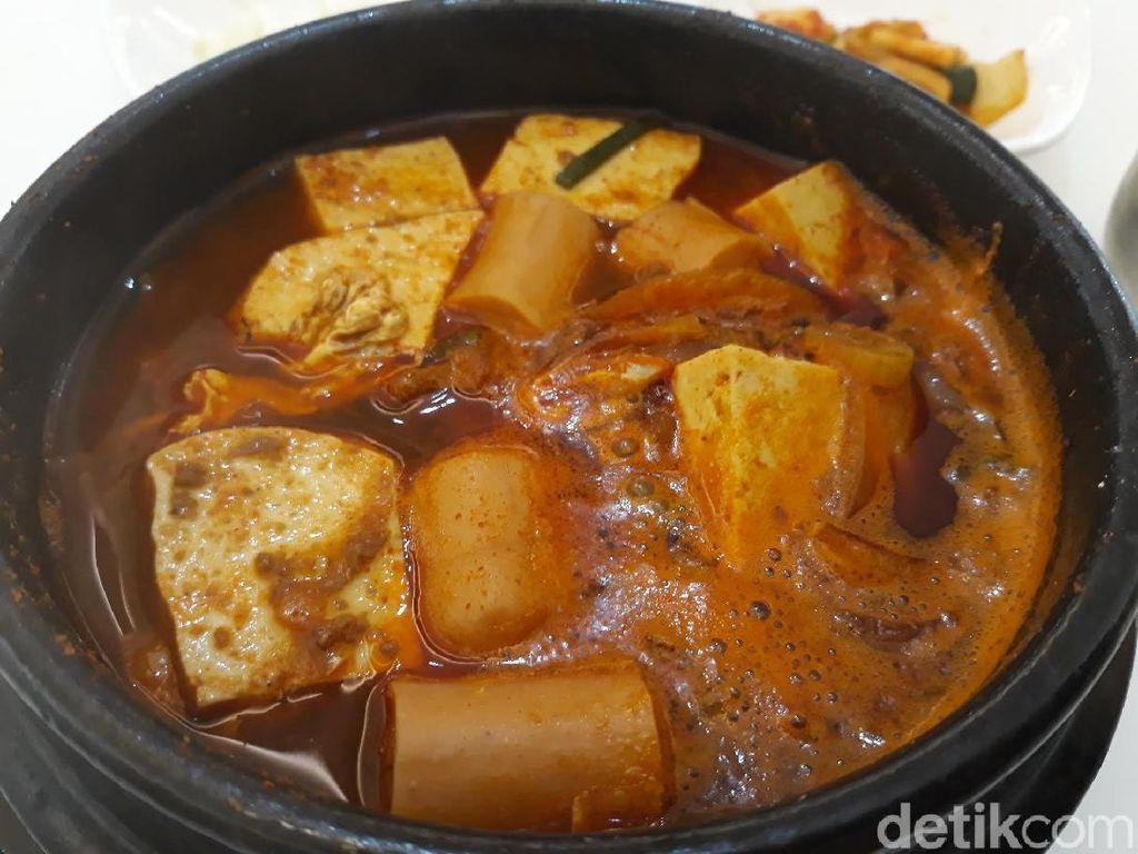 Oppa Korean Food: Gurih Pedas Sundubu Jjigae dan Jjajangmyeon dengan Saus Pasta Kedelai