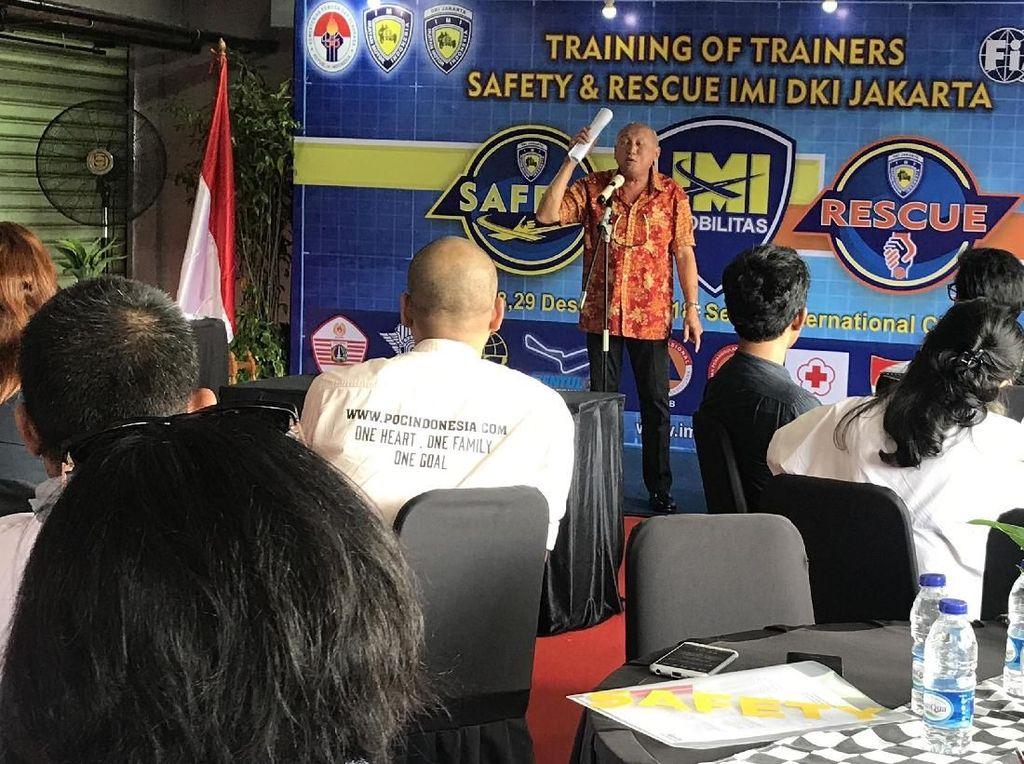 Kesiapan Team Safety & Rescue IMI DKI untuk Bakti Sosial