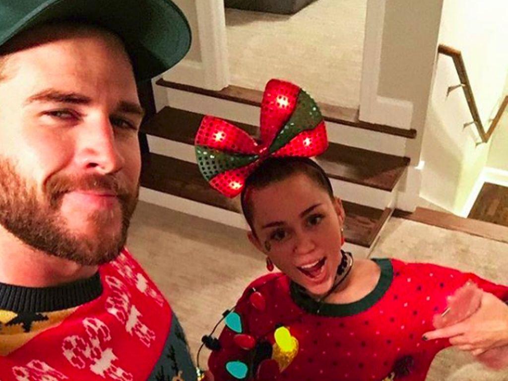 Throwback Miley Cyrus & Liam Hemsworth Semasa Pacaran