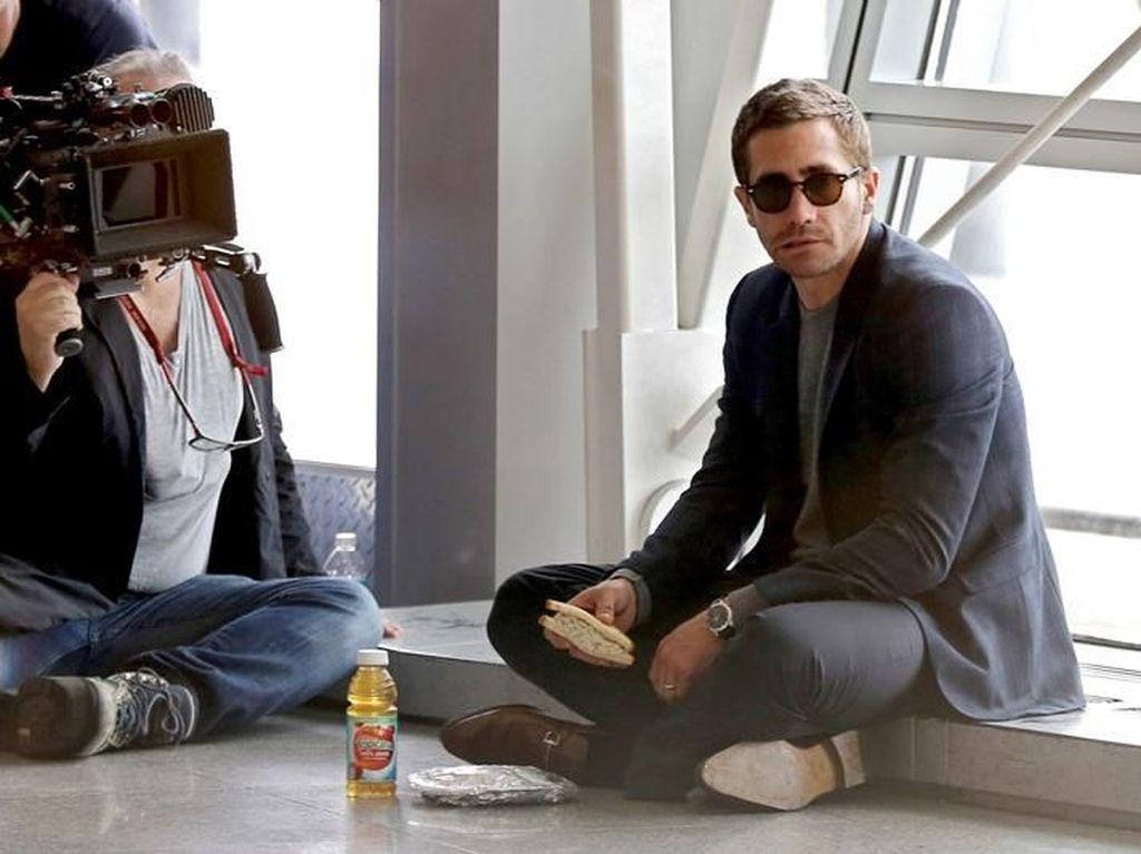 Jake Gyllenhaal, Si Tampan yang Doyan Makan Sandwich