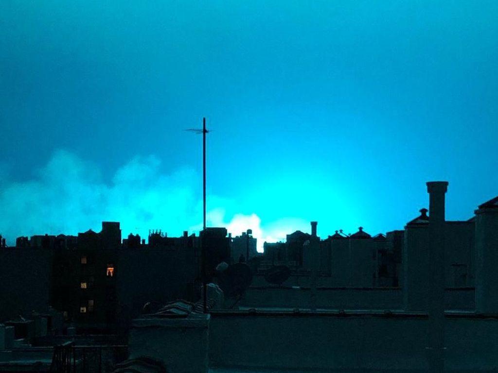 Cahaya Biru Muncul di Langit Malam, Otoritas New York: Bukan Alien!