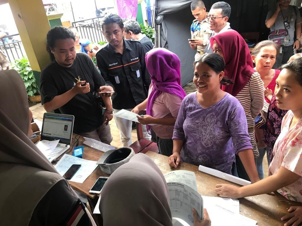 Korban Tsunami di Pandeglang Buat Ulang e-KTP, KK & Akta Lahir