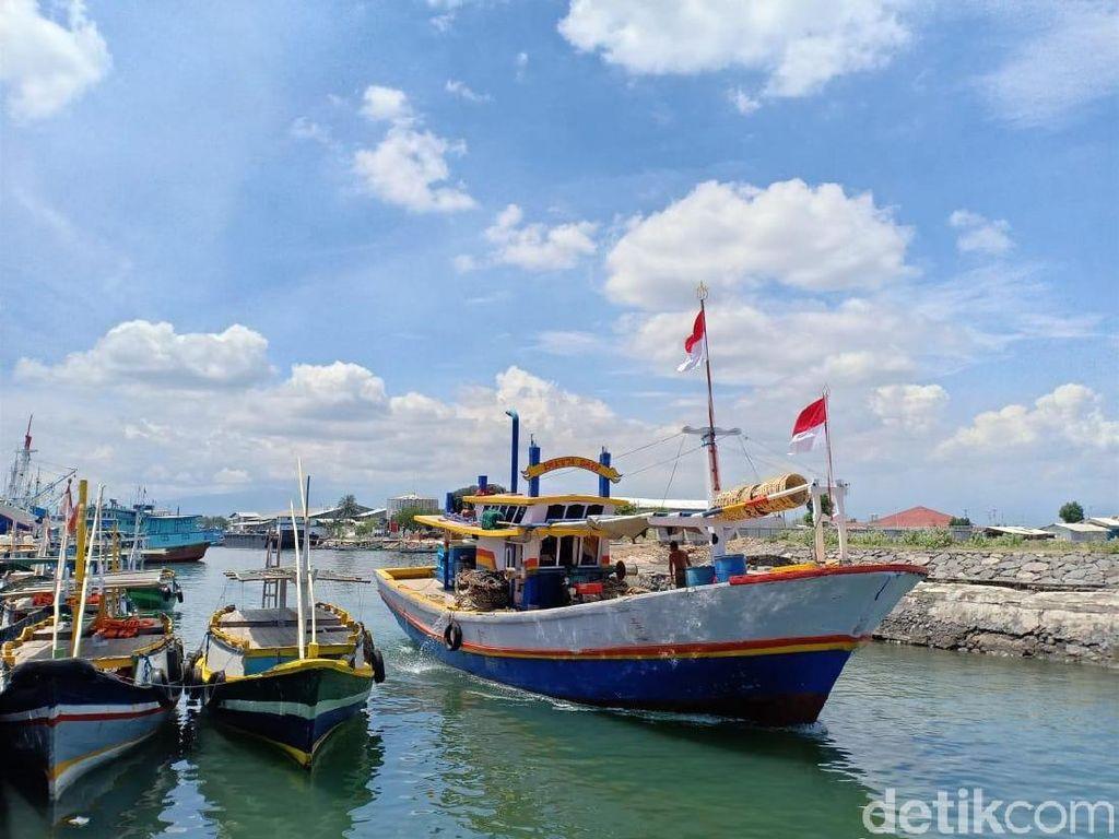 Gelombang Tinggi, Nelayan Probolinggo Diimbau Waspada