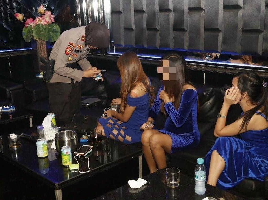 Jelang Tahun Baru, Polisi Razia 3 Kelab Malam di Bali