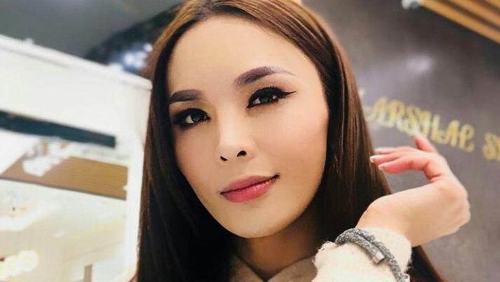 Potret Solongo, Transgender yang Gagal Jadi Finalis Miss Universe 2018