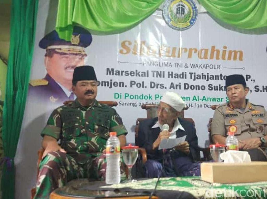 Panglima TNI dan Wakapolri Sowan Mbah Moen, Ada Apa?