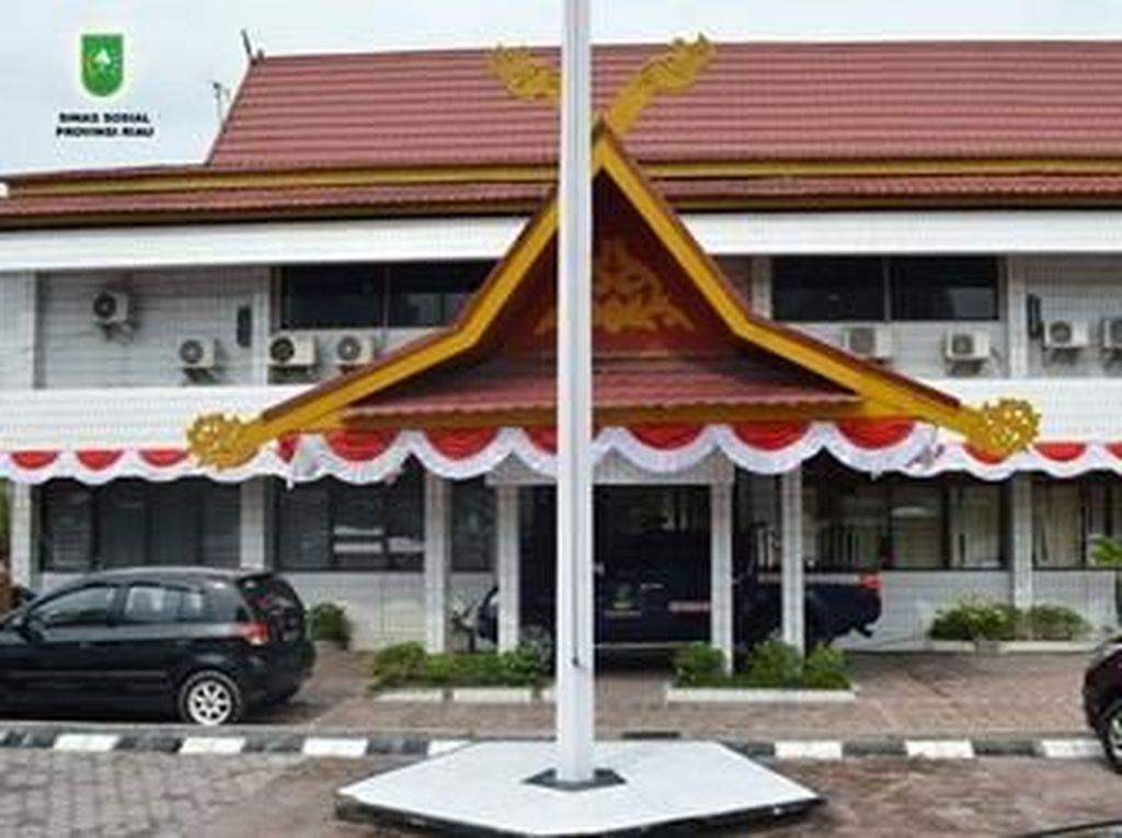 Nunggak 2 Bulan, Listrik Kantor Dinsos Riau Diputus PLN